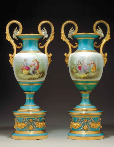 A PAIR OF FRENCH TURQUOISE-GRO