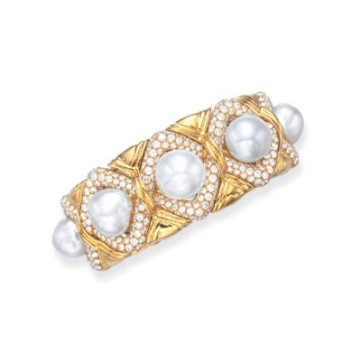 A BAROQUE CULTURED PEARL AND D