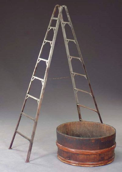 A METAL LADDER-FORM ETAGERE WI