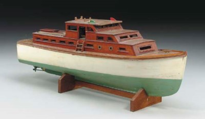 A large model of a cabin cruis