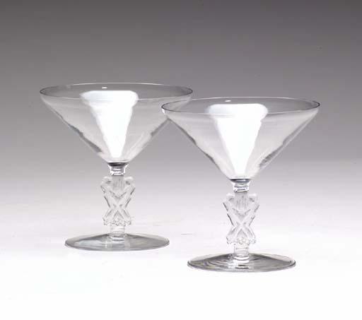 A SET OF ELEVEN LALIQUE GLASS