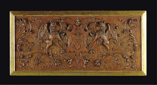 A GEORGE III STYLE CARVED WOOD