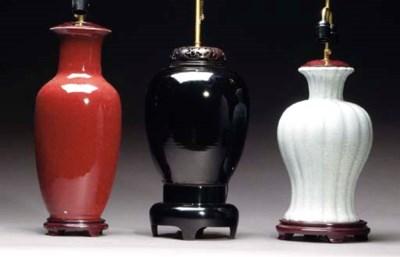 THREE PAIRS OF CHINESE PORCELA