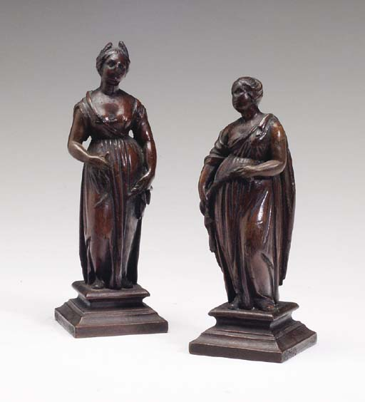 A PAIR OF CARVED FRUITWOOD FIG