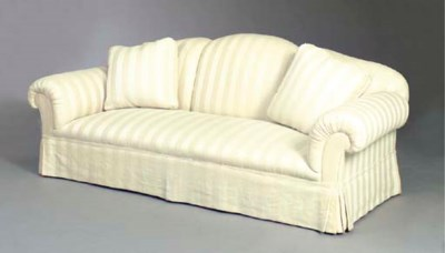 A CONTEMPORARY UPHOLSTERED SOF