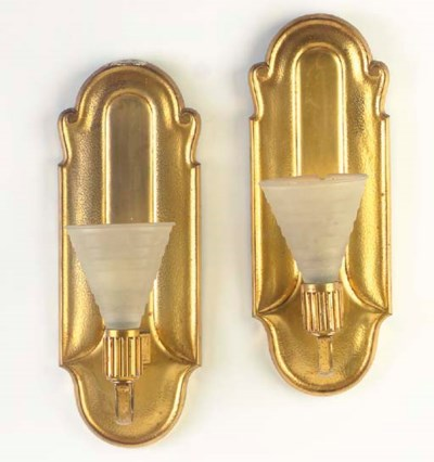A PAIR OF GILT-BRONZE AND FROS