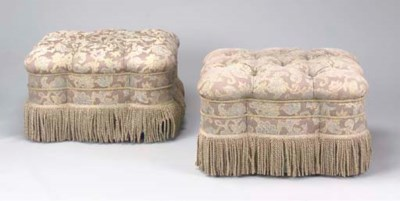 A PAIR OF CONTEMPORARY DAMASK