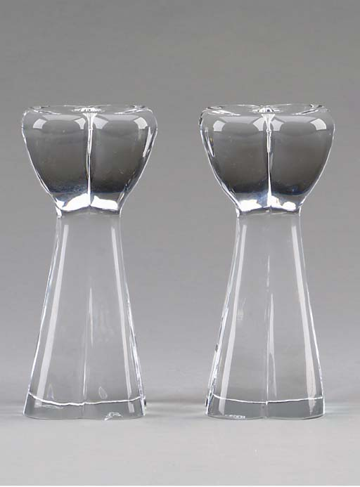 A PAIR OF BACCARAT CANDLESTICK
