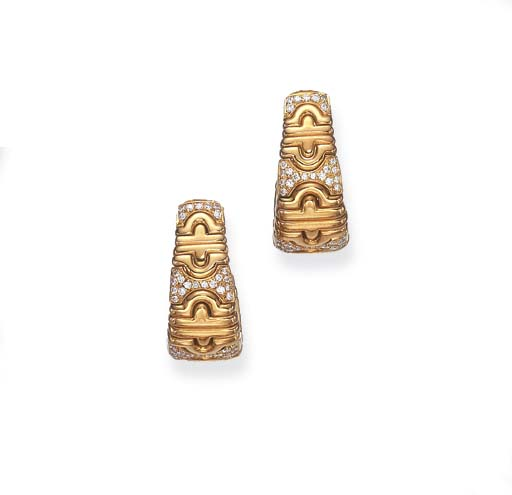 A PAIR OF GOLD AND DIAMOND