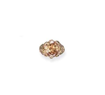 A COLORED DIAMOND AND TSAVORIT