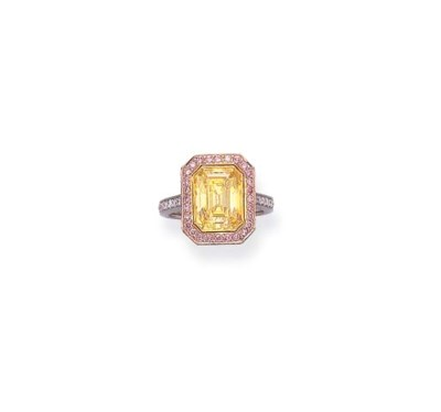 A FINE COLORED DIAMOND RING