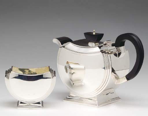 A GEORGE VI SILVER TEA AND COFFEE SERVICE,