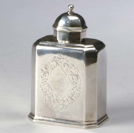 A GEORGE I SILVER TEA CADDY,