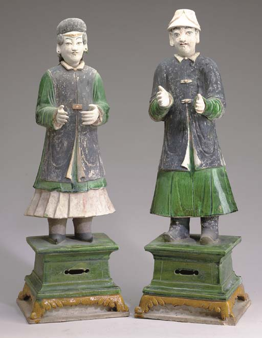 A PAIR OF LARGE CHINESE GREEN-