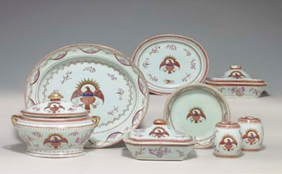 A CHINESE EXPORT PORCELAIN AME