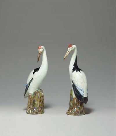 A PAIR OF CHINESE EXPORT PORCE