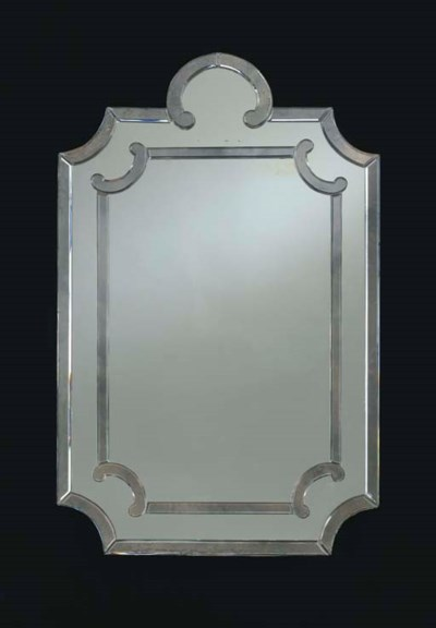 A VENETIAN STYLE CLEAR GLASS M