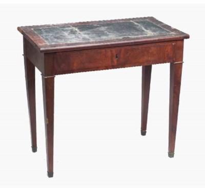 TABLE A ECRIRE D'EPOQUE RESTAU