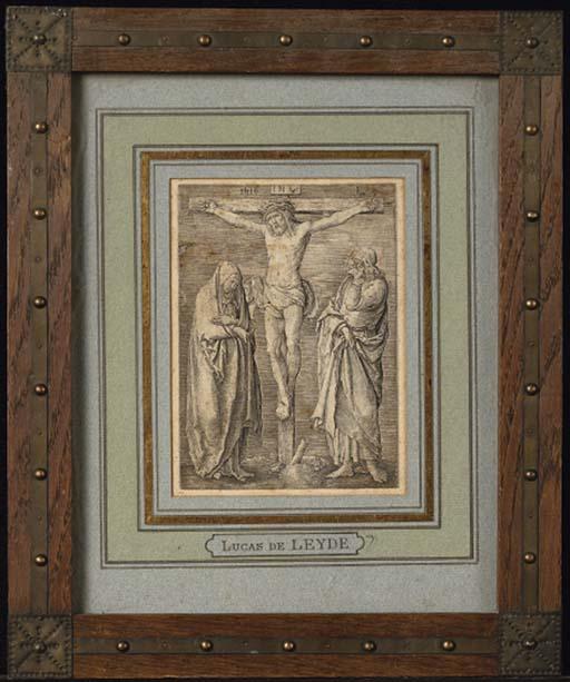 LUCAS DE LEYDE (1494-1533) LA CRUCIFIXION (H.75) burin, 1516, de la série La Passion, impression tardive, réduit à l'image, papier légèrement insolé, piqûres, salissures, petit manque de 1cm dans le bord supérieur gauche, déchirures et pliures dans l'angle supérieur droit, non examiné hors de son cadre