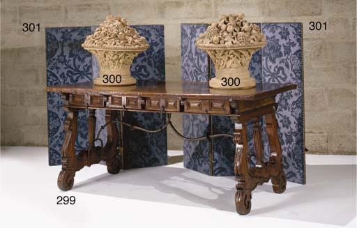 TABLE BUREAU DE STYLE BAROQUE