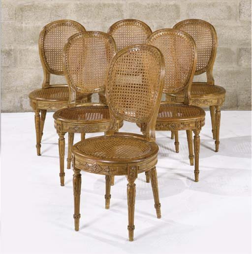 SUITE DE SIX CHAISES CANNEES E