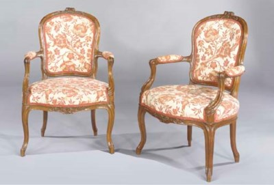 A PAIR OF LATE LOUIS XV WALNUT