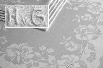 Twelve damask linen napkins