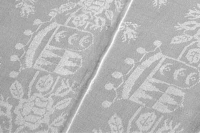 Eighteen damask linen towels