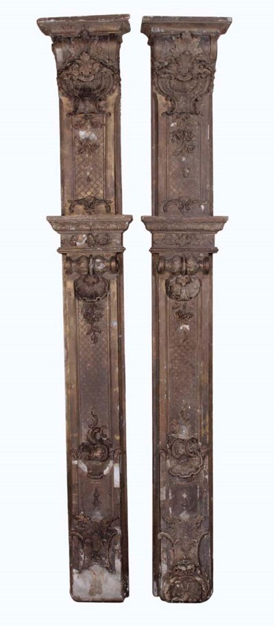 A PAIR OF GILT-GESSO PILASTERS