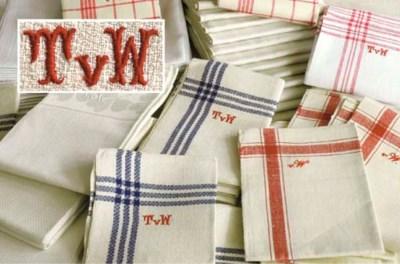 Eighty-eight various linen tow
