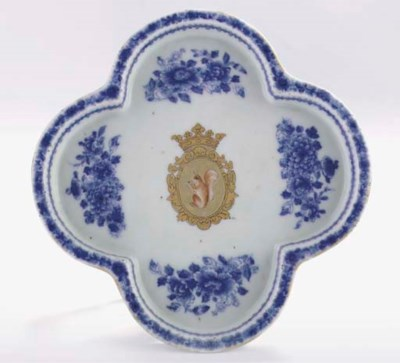 A blue and white armorial 'Sic