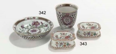 A famille rose 'openwork' cup