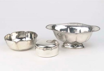 A silver jardiniere, a silver