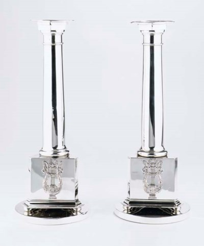 A pair of large Dutch silver o