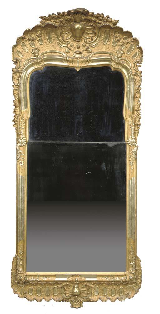 A swedish giltwood mirror