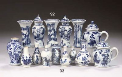 (10) A pair of blue and white