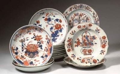 (12) set of nine Imari saucer