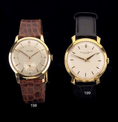 AN 18K GOLD WRISTWATCH, BY ULY