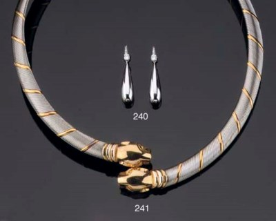 A STEEL AND GOLD PANTHERE NECK