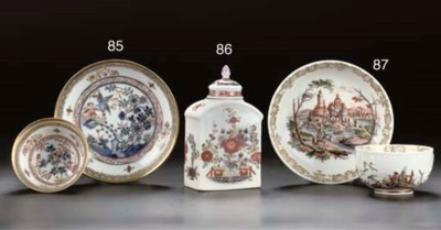 A Meissen chinoiserie teacaddy