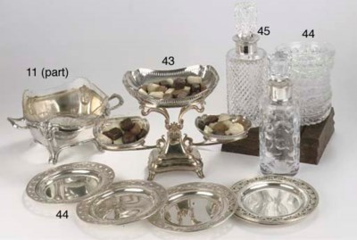 An English silver epergne
