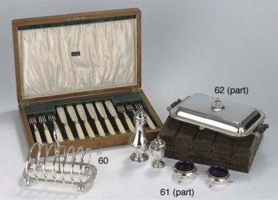 A box with six English silver