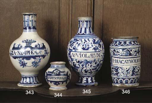 apothecary jar lot antwerp maiolica