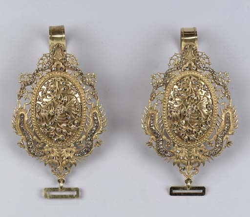 A pair of Straits Chinese gold