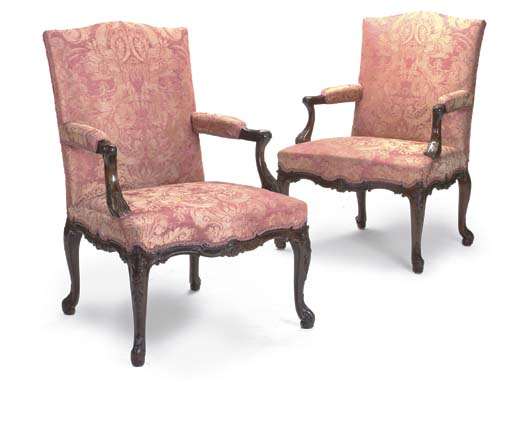 A PAIR OF MAHOGANY LIBRARY OPE