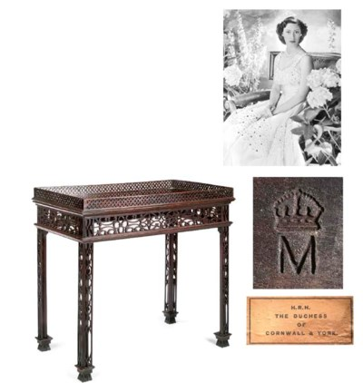 Queen Mary's tea table A 'Chin