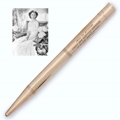 A GOLD PROPELLING PENCIL