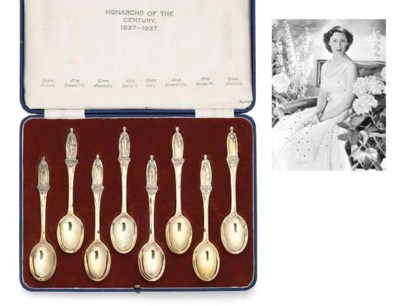 A SET OF EIGHT EDWARD VIII AND