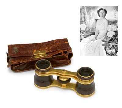 QUEEN MARY'S OPERA GLASSES A P