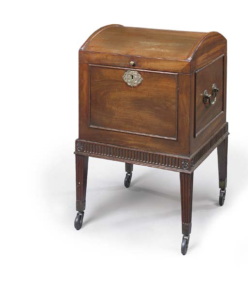 A GEORGE III MAHOGANY CELLARET
